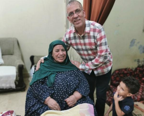 حفيظ دراجي يزور عائلة أبو تريكة في مصر.. والأخير يغرد