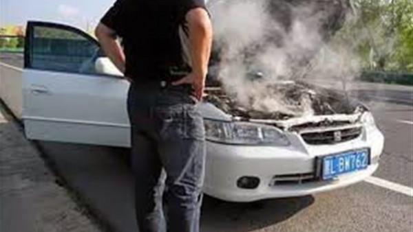 لحماية سيارتك من الاحتراق.. 4 نصائح لتزويد مياه الردياتير