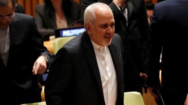 ظريف: الحرب الاقتصادية الأمريكية ضد إيران تصل لدرجة الإرهاب