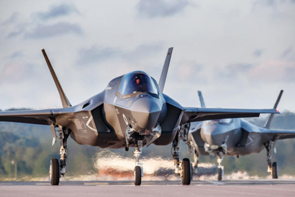 الولايات المتحدة تُعلّق مشاركة تركيا ببرنامج المقاتلات (F -35)