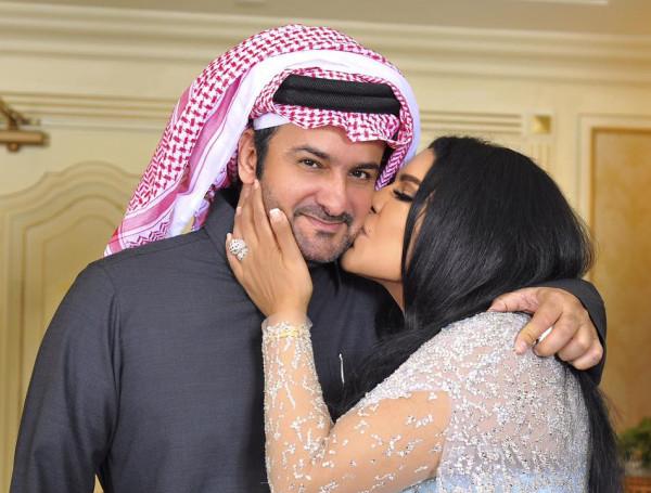 هاشتاغ طلاق الفنانة الإماراتية أحلام من زوجها القطري يشعل مواقع التواصل