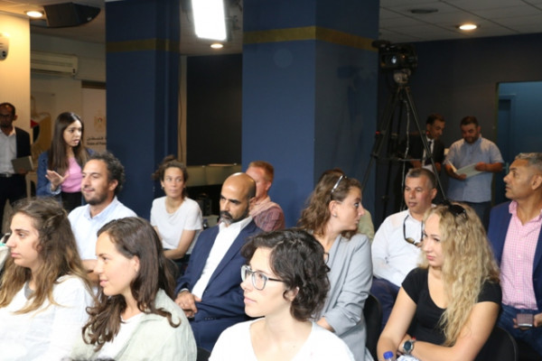 """الشلالدة يناقش حالة حقوق الإنسان بفلسطين مع اساتذة وطلبة جامعة """"بادوفا"""" الايطالية"""