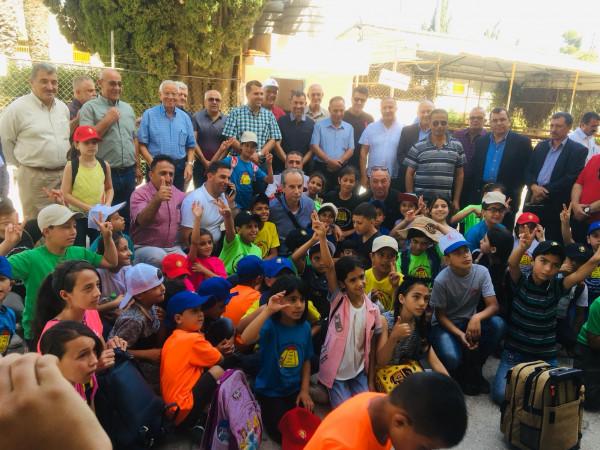 سفير فلسطين في البرتغال يزور مخيم أم الشقف في مدينة دورا الخليل