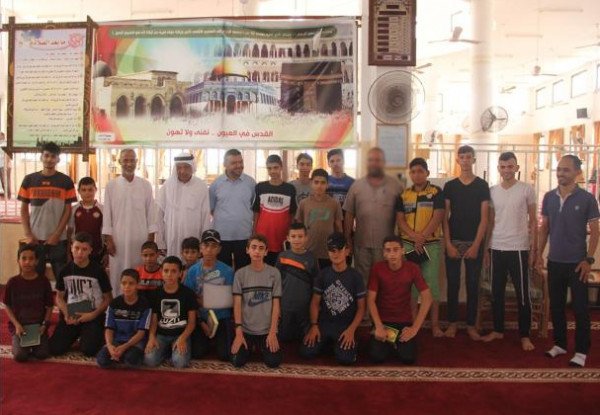 الهيئة الإدارية لحماس تنظم زيارات تفقدية للمخيمات القرآنية الصيفية المقامة وسط القطاع