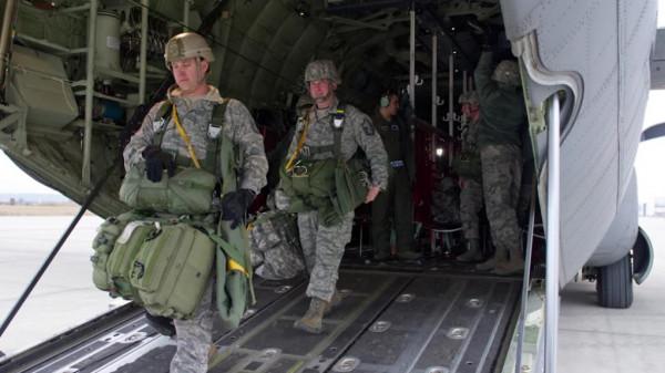 السعودية تُوافق استقبال قوات أمريكية بأراضيها وتكشف السبب