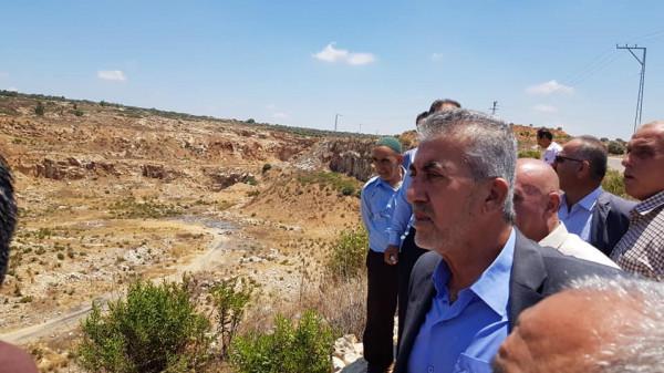 وزير الحكم المحلي يزور عدد من قرى جنبن ويبحث معهم الاحتياجات والتحديات