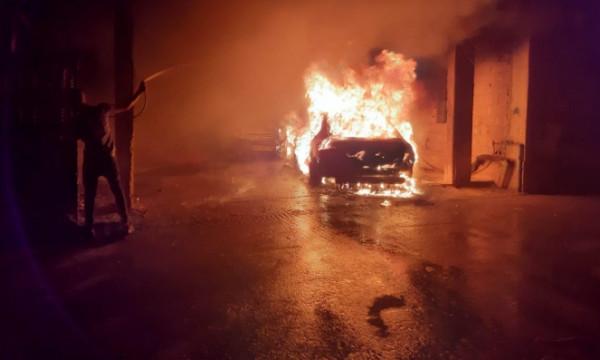 إحراق سيارتين في مجد الكروم بعكا