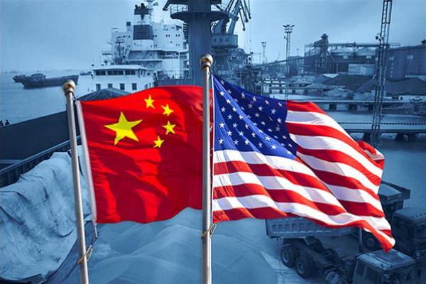 رغم الحرب الاقتصادية بين الصين وأمريكا.. من الدولة الوحيدة المستفيدة من هذا الصراع؟