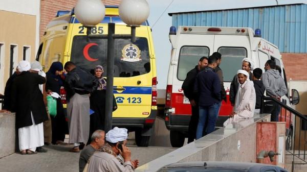 إحالة أكثر من 20 طبيبا للتأديب بسبب الإهمال بمصر