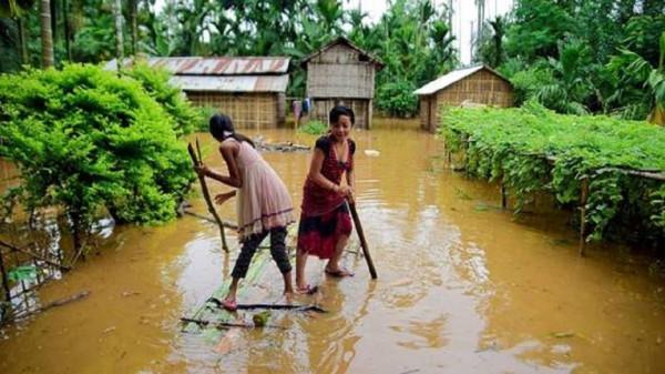 الصواعق والأمطار تقتل 32 هندياً