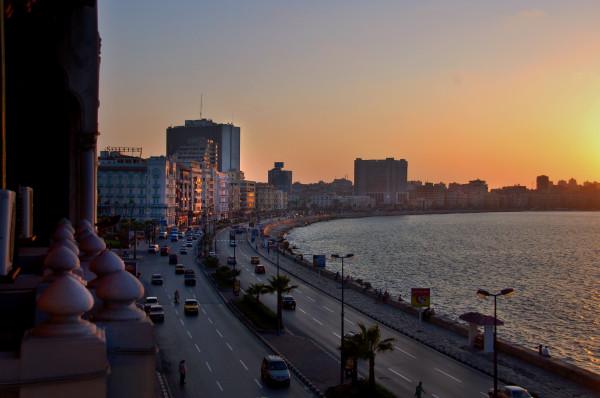 المصريون يكتشفون مدينة قديمة تحت مياه الإسكندرية