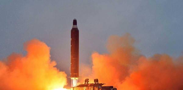 كوريا الشمالية تُطلق قذائف جديدة وتُهدد بالبحث عن طريق جديد