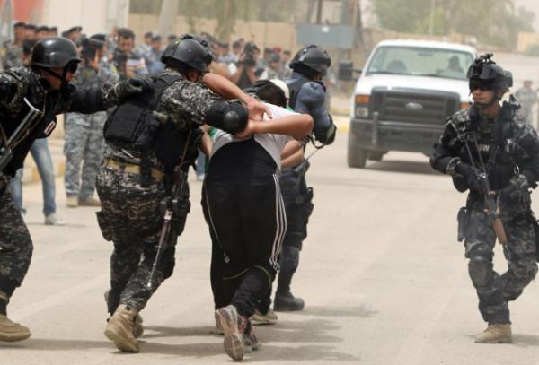 اعتقال متهمين بالتهديد وترويج المخدرات في بغداد