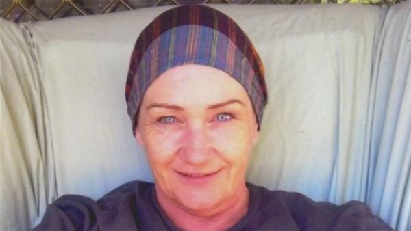 خسرت معركتها مع السرطان.. فقررت إنهاء حياتها بالقانون
