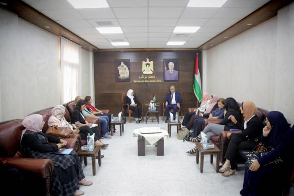 محافظ طولكرم يلتقي وزيرة شؤون المرأة أمال حمد