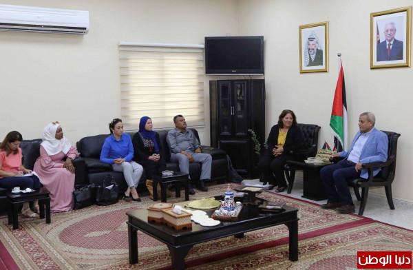 فريق نظام التحويل الوطني ينفذ زيارة ميدانية لمؤسسات محافظة قلقيلية
