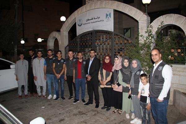 مجلس شبابي بلدية الخليل في زيارة الى مستشفى محمد علي المحتسب الحكومي