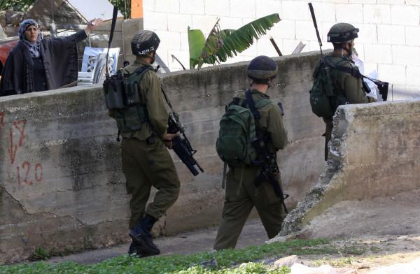 4 إخطارات حتى اللحظة.. الاحتلال يخطر بوقف بناء منزل ببيت لحم