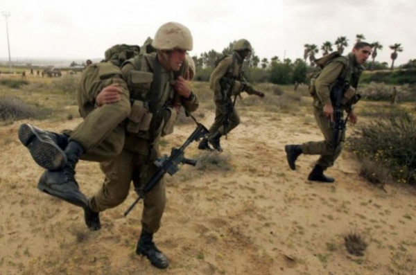 جيش الاحتلال يبدأ مناورات عسكرية في إيلات.. وهذا هدفها