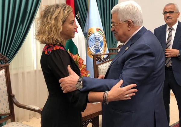 القناة 13: الرئيس عباس اجتمع مع حفيدة اسحق رابين.. وهذا ما دار بينهما