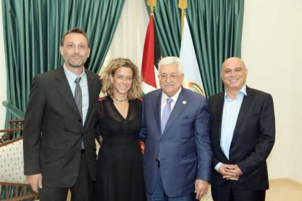 حماس: اجتماع عباس بحفيدة رابين استخفاف بتضحيات شعبنا واستفزاز لمشاعر أهالي الشهداء