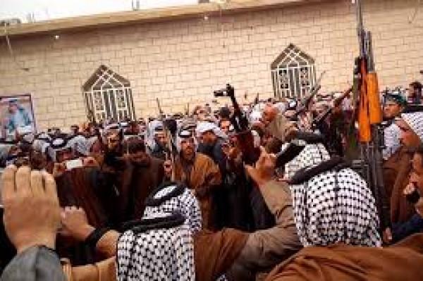 قبائل وعشائر ورجال إصلاح يدعون إلى حماية المجتمع الفلسطيني من الانهيار