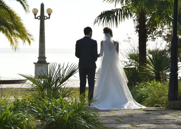 تعرفي على أغرب عادات النساء في الزفاف حول العالم