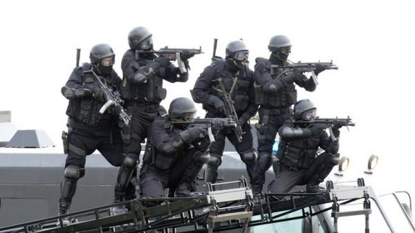 التحقيق مع 500 ضابط وعنصر في الشرطة بالكويت