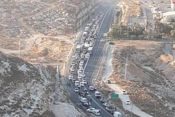 مصرع شخص وإصابة 4 بحادث سير بين مركبتين فلسطينية وإسرائيلية قرب رام الله