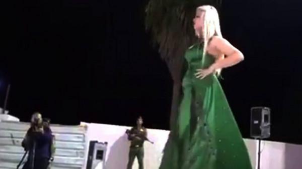 """عرض أزياء في مدينة """"أم المساجد"""" بالعراق يثير غضب النشطاء"""
