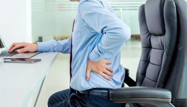"""""""الصحة"""" تحدد وضعية الجلوس الصحيحة"""
