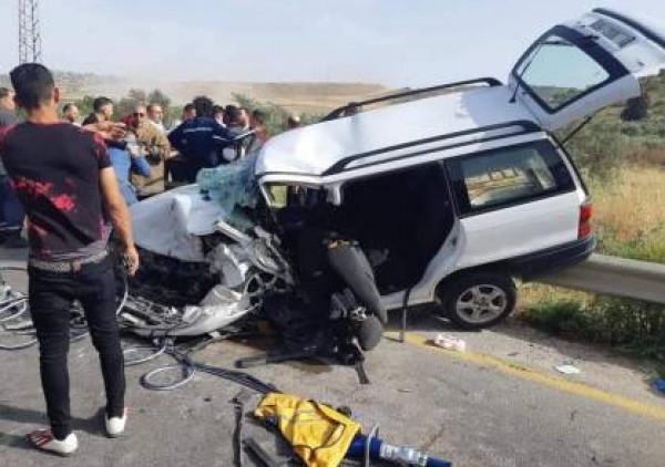 مصرع شاب وعدة إصابات بينها ثلاثة حرجة بحادث سير قرب نابلس