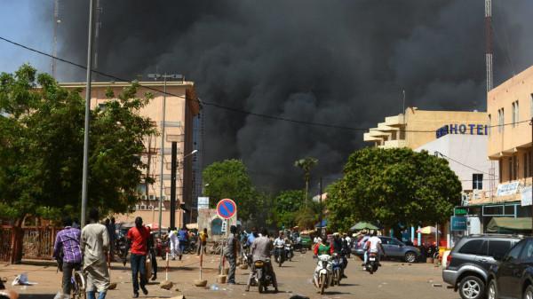 مقتل 10 عسكريين في هجوم لمسلحين شمالي بوركينا فاسو