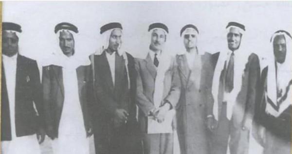 صور نادرة لأول اتحاد كرة قدم سعودي في الرياض.. وهذه أسماء الأعضاء
