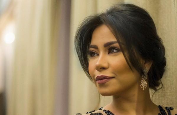شاهد: شيرين عبد الوهاب تتحايل على محبيها.. وهكذا أخفت حملها