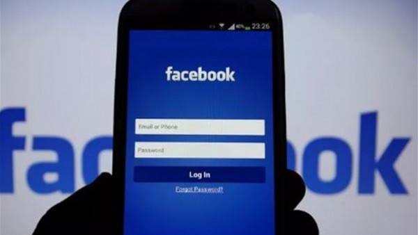 """أسهل طريقة للعثور على المنشورات القديمة عبر """"فيسبوك"""""""