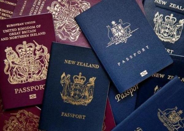 بينها الأمريكية والبريطانية.. 10 دول تمنحك الجنسية بهذا المُقابل