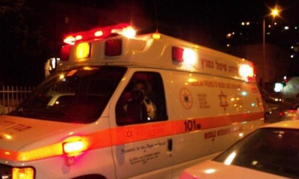 إصابة شاب طعنًا خلال شجار في الطيرة