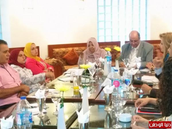 صور: تفاصيل الاجتماع الثانى للجنة المجتمعية العلمية العربية لاستعادة دور الاسرة والمدرسة