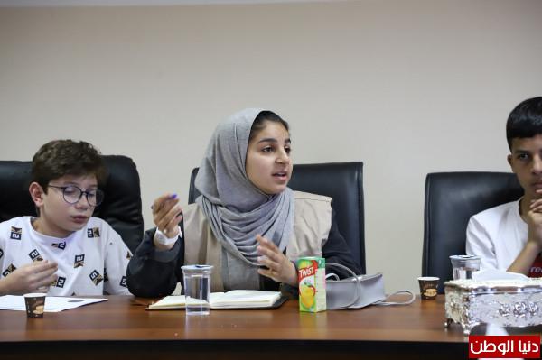 بلدية دورا تستقبل مجلس أطفال فلسطين لبحث قضايا حقوقية تتعلق بحقوق الأطفال