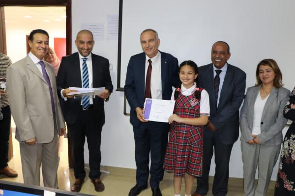 وزير الاتصالات يكرم الأطفال المشاركين في المخيم الصيفي التكنولوجي