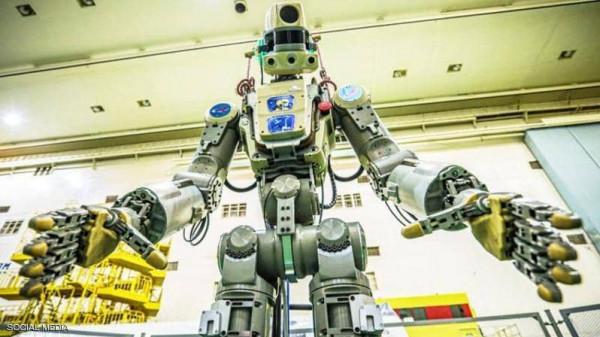 """اطلاق أول """"روبوت بشري"""" روسي إلى محطة الفضاء الدولية"""
