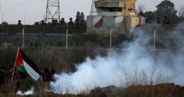 إعلام الاحتلال: فلسطينيون قطعوا جزءاً من السياج جنوب القطاع وألقوا عبوات