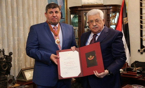 الرئيس عباس يطلع النائب الاردني يحيى السعود على المستجدات الفلسطينية