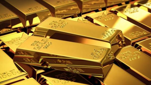 الذهب يتراجع ويتجه لأسوأ أداء أسبوعي في نحو 5 أشهر