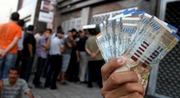 رواتب الـ 110%.. خصومات البنوك تصل 55% و40% من الموظفين لايشملهم القرار