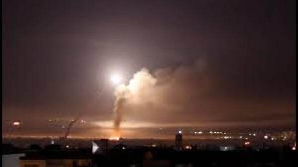 شاهد: إسرائيل تقصف أهداف إيرانية بدمشق وسوريا تُعلن التصدي لها