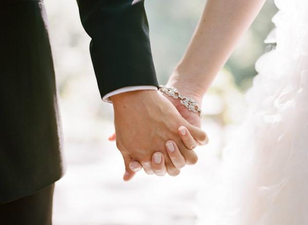 """""""زواج البركة"""".. مبادرة مثيرة للجدل بغزة وصاحبها يكشف لـ""""دنيا الوطن"""" أسرارها وشروطها"""