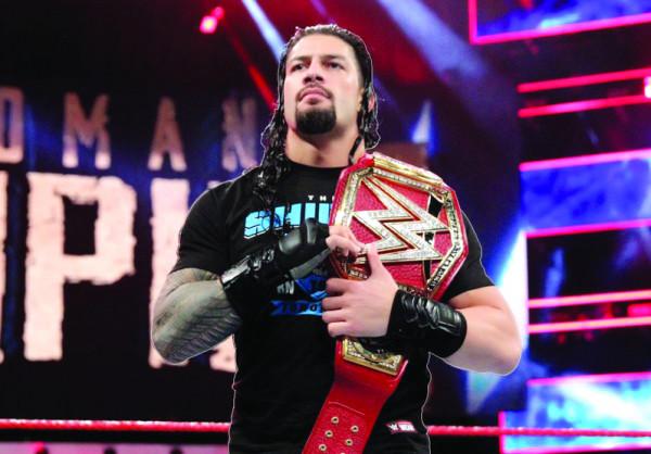 """متى ينافس """"رومان رينز"""" على لقب WWE؟"""