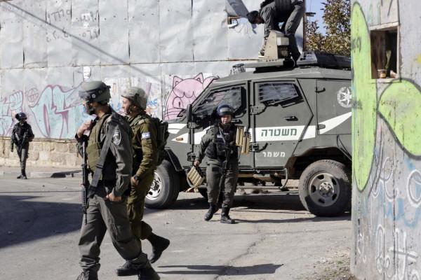 الاحتلال يعتقل ستة مواطنين من الضّفة